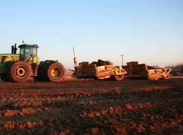 Gravel tracktors