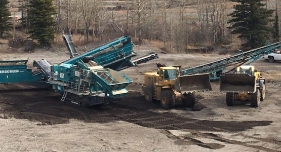 "Our gravel crushing equipment is capable of crushing up to 300 MT of gravel per hour depending on the type of gravel being crushed. Gravel is available from ¾"", 1 ½"" road crush, 3"" road base, pit run, armour (lining for dugouts), clay, fill dirt, screened gravel and landscape rock."